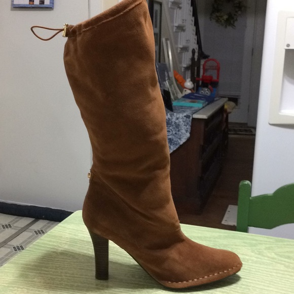 Hot In Hollywood Camel Tan Suede Slouchy Boots NEW
